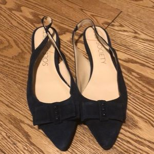 NWOT Navy Blue SOLE Society SO-Alina Flat Sandals